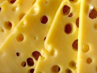 Zamówił telefon. W paczce znalazł... żółty ser