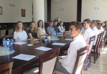 Uczniowie z powiatu piotrkowskiego też będą decydować o tym co dzieje się w ich szkołach