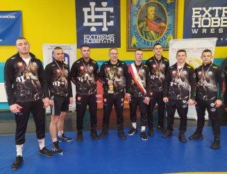 Zapaśnicy AKS przywieźli z Poznania siedem medali
