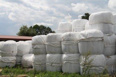 Zebrano prawie 27 ton folii
