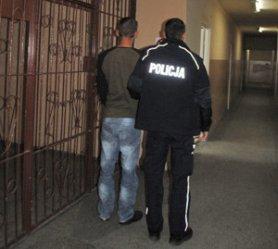 Kradli złom, grozi im 5 lat więzienia