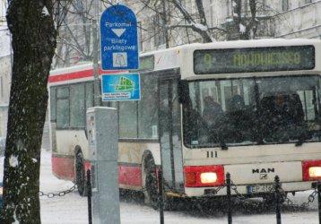 Zimą lepiej korzystać z komunikacji miejskiej
