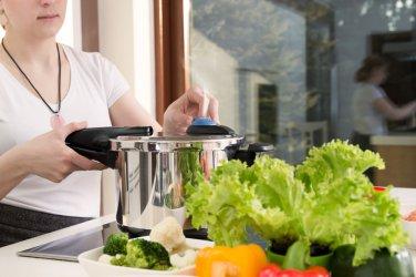 Szybkowar w Twojej kuchni, czyli jako gotować szybciej i zdrowiej