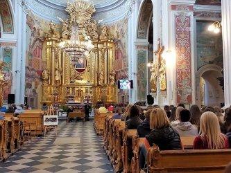 Wielki Piątek i Wielka Sobota online z piotrkowskich kościołów