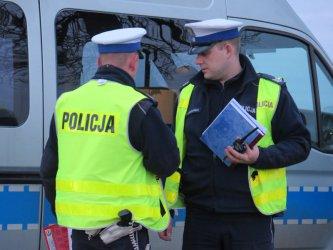 Pijany kierowca z narkotykami zatrzymany przez policję