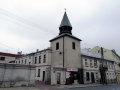 Klara zajmuje niemal całą ostatnią kondygnację dzwonnicy przy ulicy Wojska Polskiego.