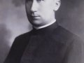 Ks. Franciszek Psonka - budowniczy kościoła i jego pierwszy proboszcz.