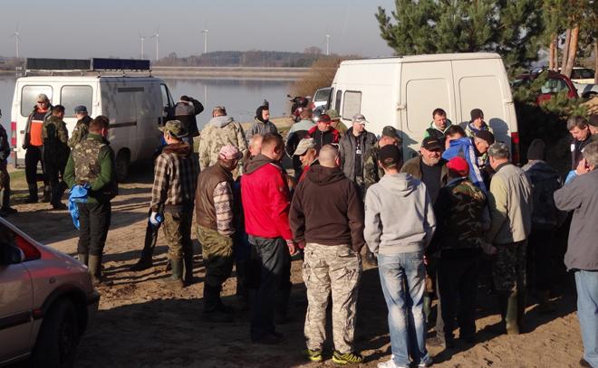 Wędkarze sprzątali obrzeża regionalnych jezior