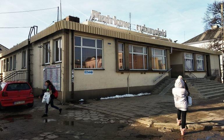 Powiat przejął dworzec