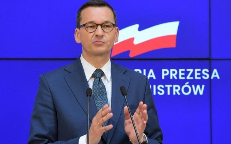 Premier: niewykluczone, że będziemy musieli wrócić do kwarantanny dla przyjeżdżających do Polski