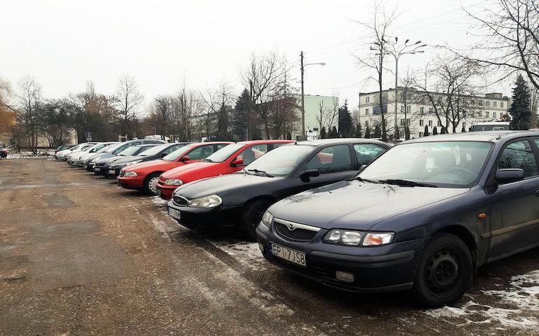 Parking dla każdego czy dla mieszkańców osiedla?