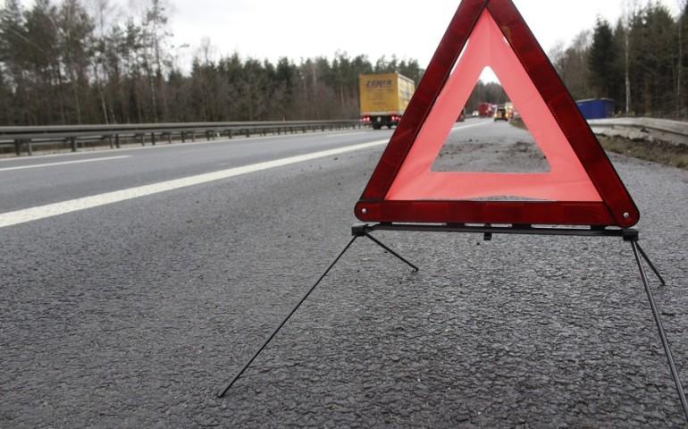 Zderzenie trzech aut na DK1 na wysokości Woli Krzysztoporskiej