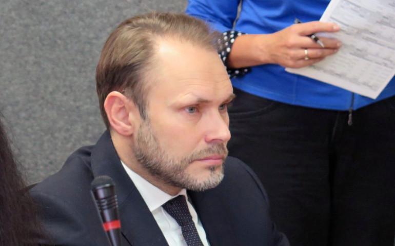 Grzegorz Lorek z oficjalnym poparciem władz centralnych PiS