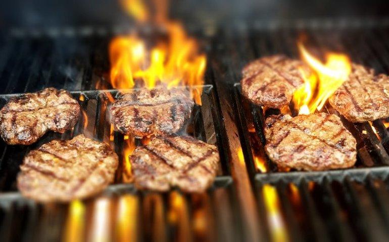 Jedzenie z grilla może nam zaszkodzić?