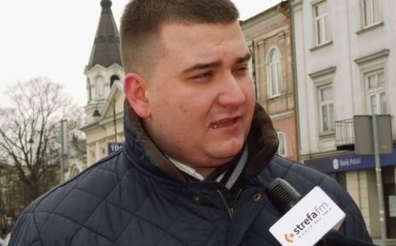 Misiewicz występuje do Macierewicza o zawieszenie