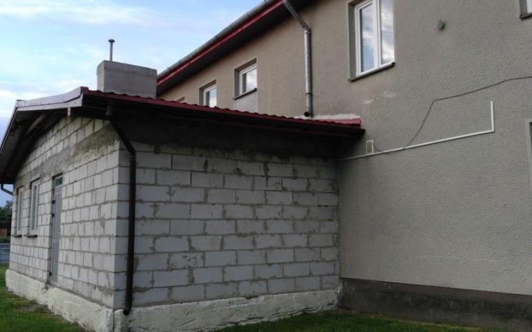 Wola Krzysztoporska: Modernizują Dom Ludowy w Woźnikach