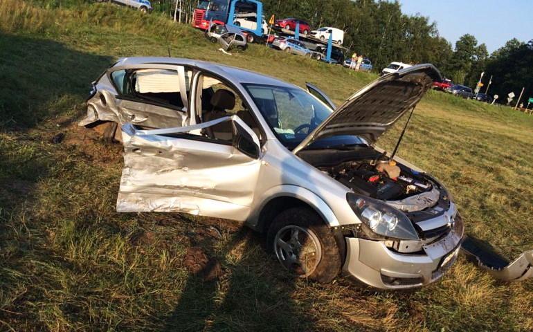Zderzenie na skrzyżowaniu. Pięć osób rannych