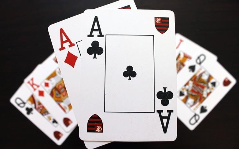 Jedna z najpopularniejszych gier karcianych – pasjans