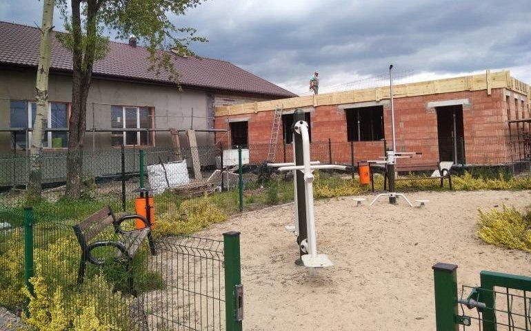 Trwa rozbudowa Domu Ludowego w Oprzężowie