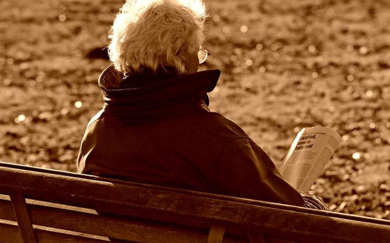 Oszustki okradły 90-latkę podając się za pracownice pomocy społecznej
