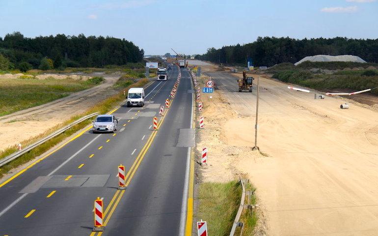Kolejne utrudnienia na budowanej autostradzie