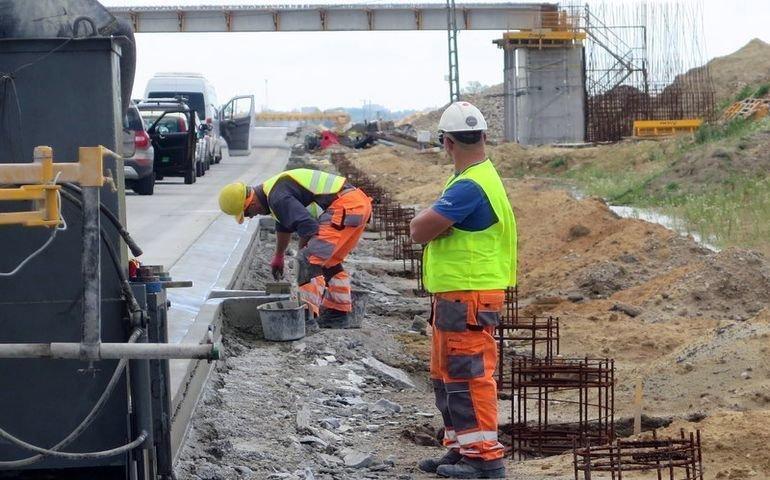 Budowa A1. Zmiany dotyczące przejazdów pod trasą