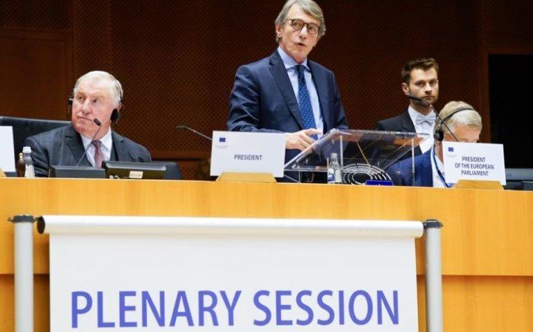 Sassoli: albo ambitny budżet na lata 2021-2027, albo weto Parlamentu