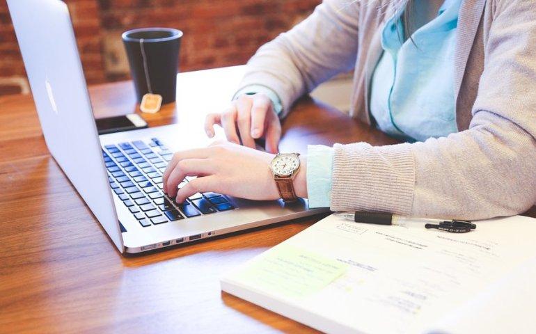 Biznes w internecie - od czego należy zacząć?