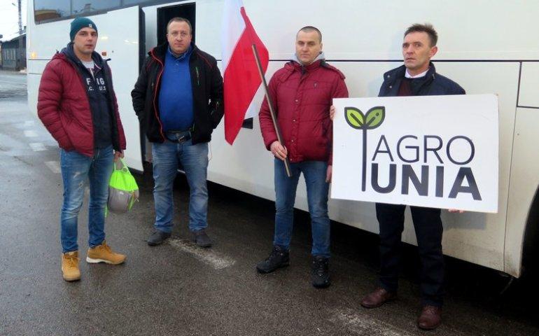 Rolnicy z naszego regionu ruszyli na Warszawę