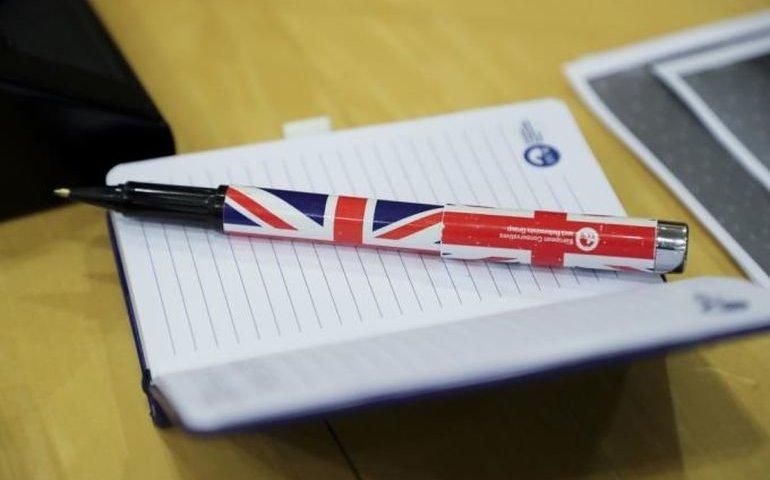 Europejski Komitet Regionów powołał grupę kontaktową z Wielką Brytanią; zasiadła w niej prezydent Gdańska