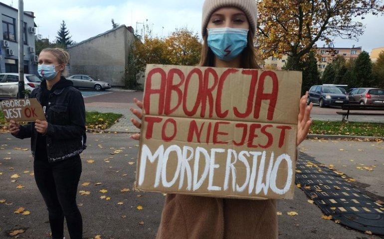 Prawa kobiet i aborcja tematem poniedziałkowego