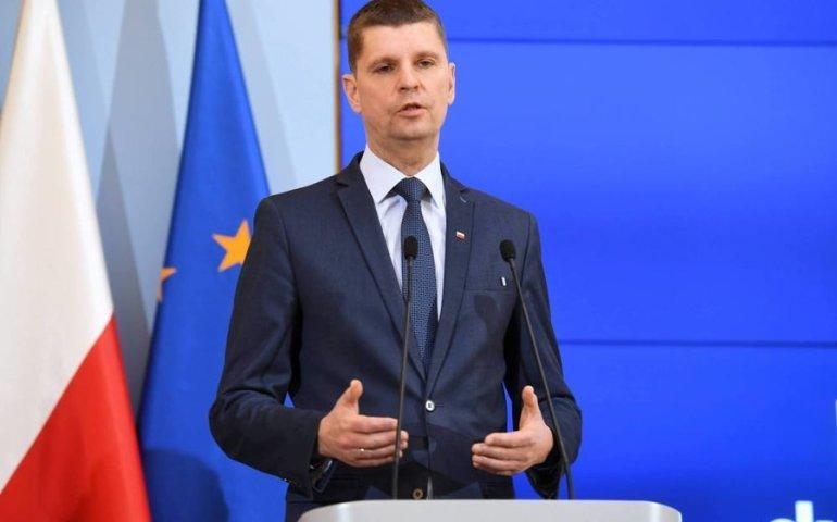 Minister edukacji: nie będzie unieważnienia matur z polskiego w całym kraju