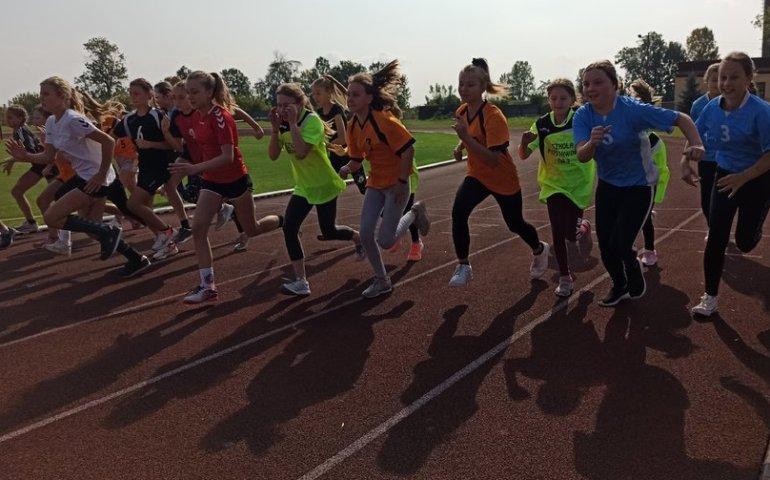 Młodzieżowe mistrzostwa Piotrkowa w biegach przełajowych