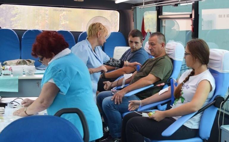 Oddawali krew i rozmawiali o bezpieczeństwie