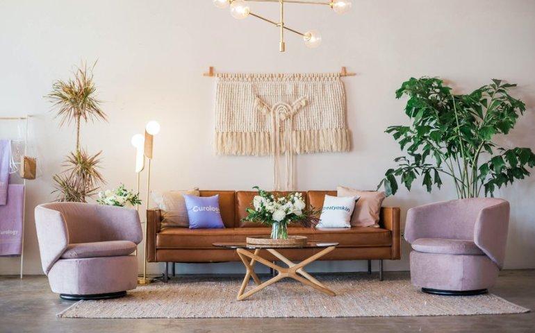 Eleganckie lampy do salonu - gdzie kupić?